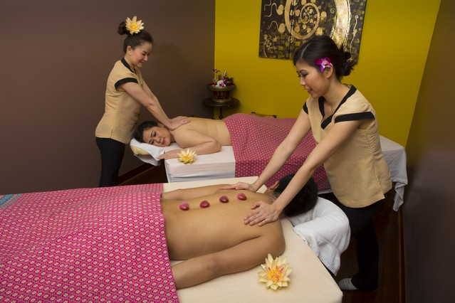 pink thai massage somwang thaimassage